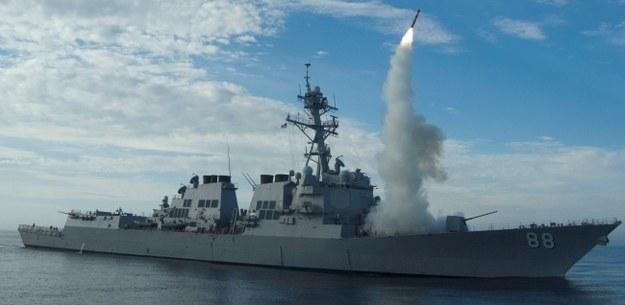 USA rozpoczęły ataki lotnicze na pozycje Państwa Islamskiego w Syrii