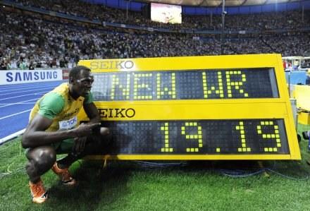 Usain Bolt pobił rekord świata na 200 m /AFP