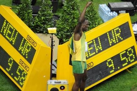 Usain Bolt ustanowił nowy rekord świata na 100 m. /AFP