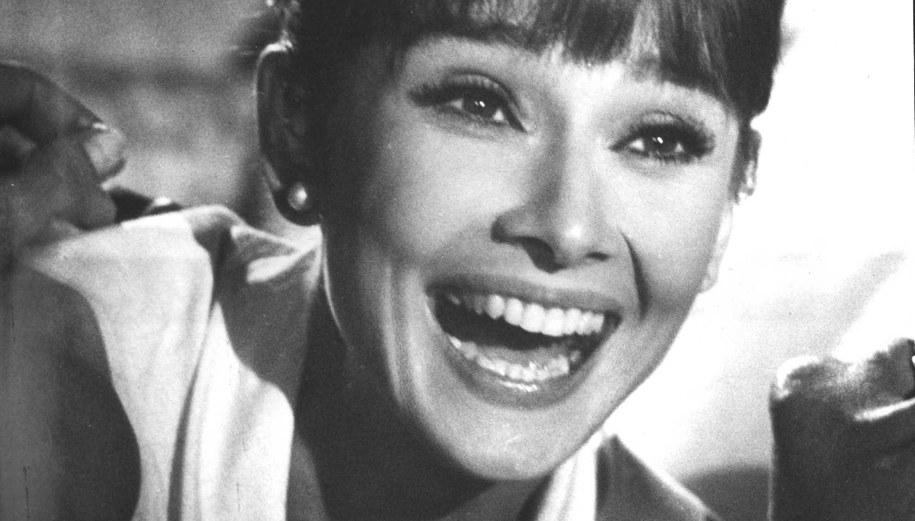 Uśmiech Audrey Hepburn /© Bandphoto / uppa.co.uk /PAP/EPA