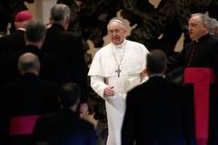 Uśmiechy, radosne gesty. Papież spotkał się z dziennikarzami