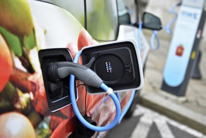Ustawa o elektromobilności ma wejść w życie już w przyszłym roku /Fot. Włodzimierz Wasyluk /East News