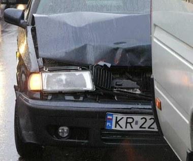 Uszkodzili ci auto? Bierz zastępcze, masz prawo!