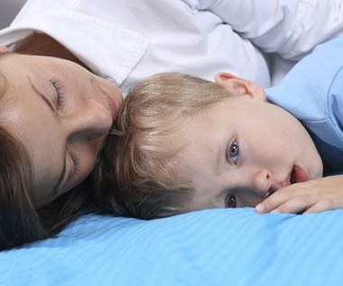 Utrata rodzica we wczesnym dzieciństwie zwiększa podatność na stres i depresję
