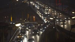 Uwaga kierowcy! Wzmożony ruch i liczne wypadki