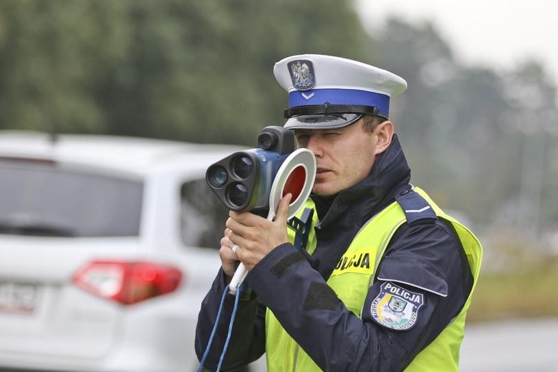 Uwaga na kaskadowe kontrole prędkości /Piotr Jędzura /Reporter