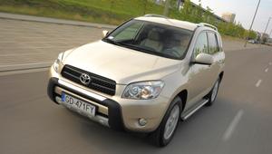 Używana Toyota RAV4 III - dość droga, ale czy warta swojej ceny?