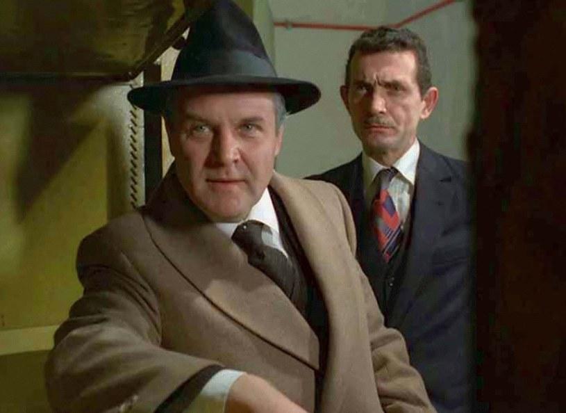 """""""Vabank"""": Bezwzględny bankowiec Kramer zadarł z niewłaściwą osobą. I słono za to zapłacił... /East News/POLFILM"""