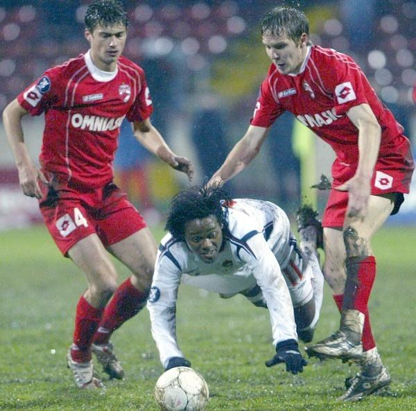 Vagner Love bezskutecznie nękał obronę rywali. Dinamo-CSKA 1:0 /AFP