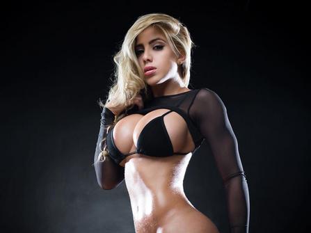 Valeria Orsini: Oddycha tylko pełną piersią