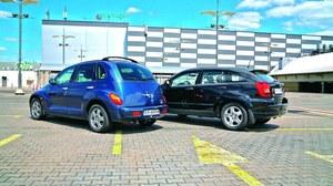 Van w stylu retro, czy kompakt w stylu SUV-a? PT Cruiser jest bardziej funkcjonalny, a Caliber lepiej radzi sobie na gorszych drogach – wszystkie wersje mają spory prześwit, wybrane napęd 4x4. /Motor