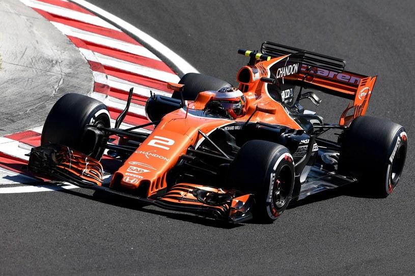 Vandoorne zostaje w teamie McLaren /AFP
