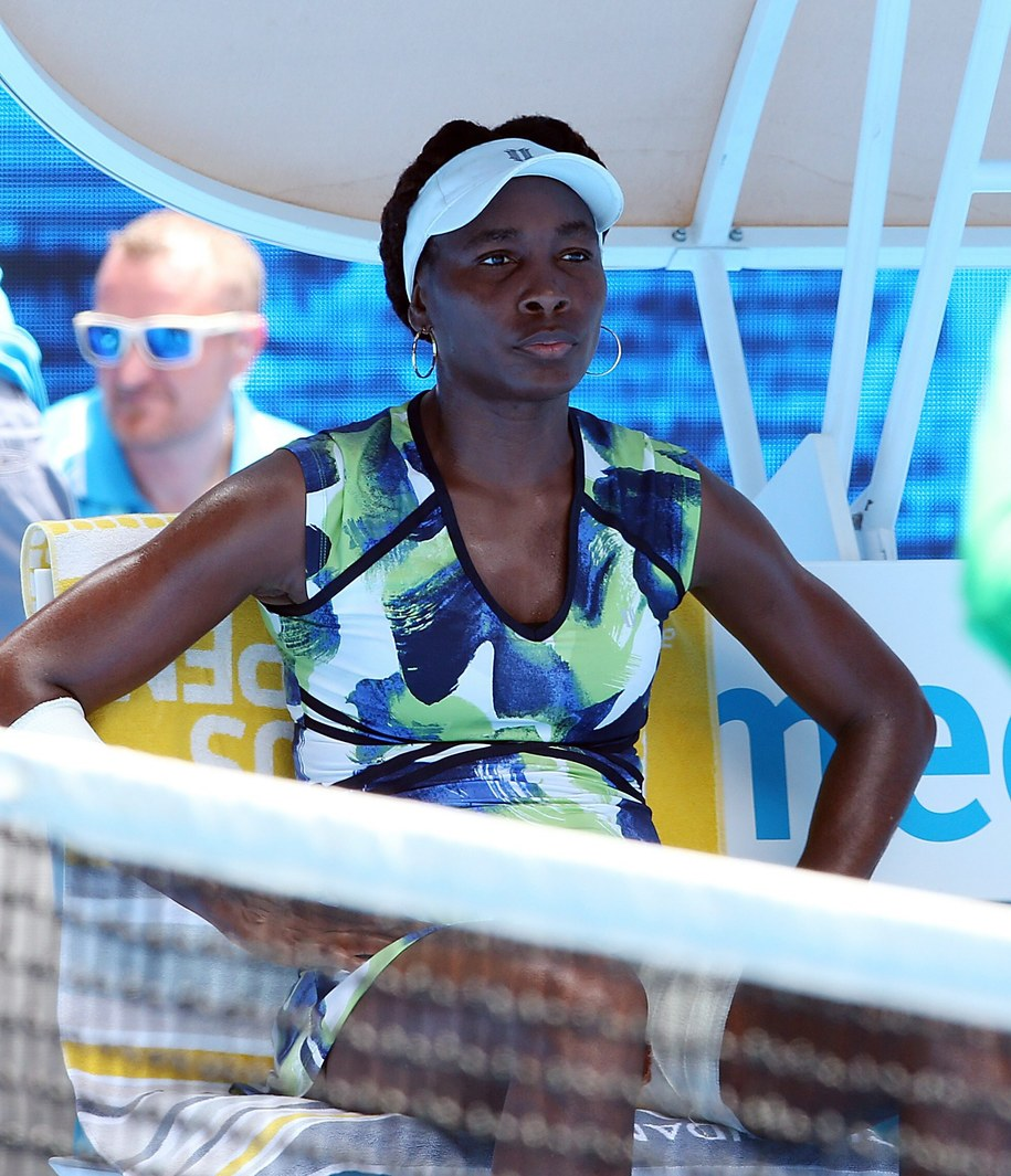 Venus Williams w przerwie meczu 1. rundy Australian Open /DAVID CROSLING /PAP/EPA
