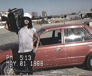 VHS Camcorder - nakręć wideo rodem z czasów VHS