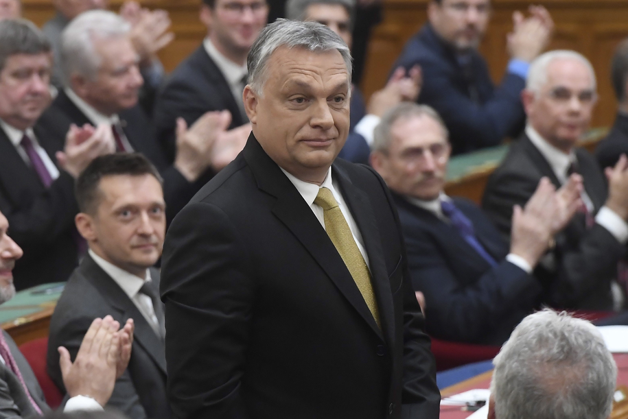 Viktor Orban /TAMAS KOVACS   /PAP/EPA