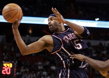 Vince Carter zdobył w Waszyngtonie 34 punkty dla Nets /AFP