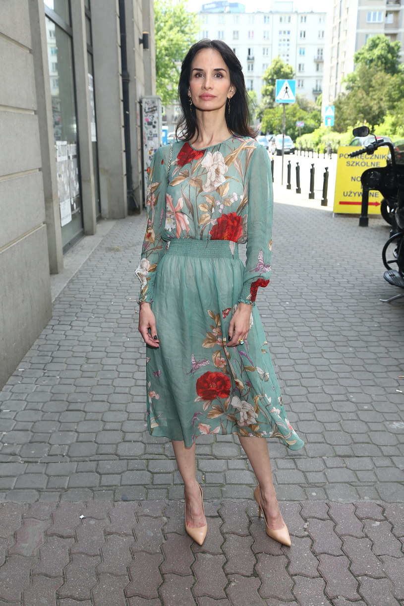 Viola Kołakowska w wiosennej stylizacji /Kamil Piklikieiwcz /East News