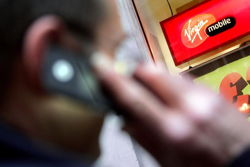 Virgin Mobile ma najlepszą w Polsce ofertę na kartę - wynika z rankingu portalu My-mobile.com.pl /AFP