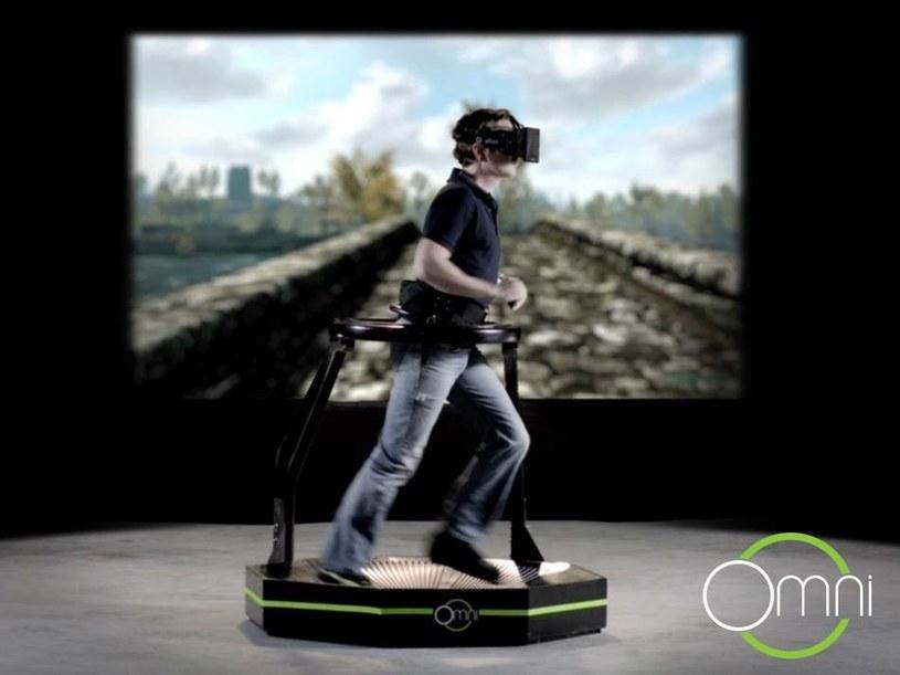 Virtuix Omni - bieżnia stworzona z myślą o wirtualnej rzeczywistości /materiały prasowe