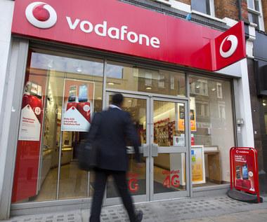 Vodafone: W niektórych krajach oficjalnie podsłuchuje się rozmowy