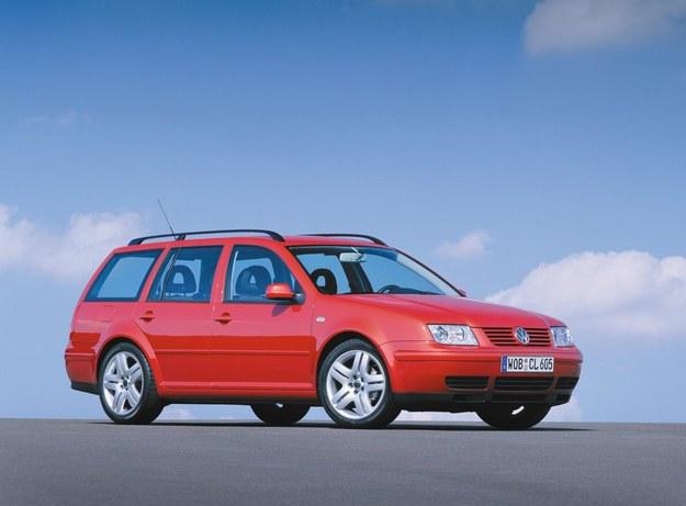 Volkswagen Bora był dostępny także w wersji kombi. /Volkswagen
