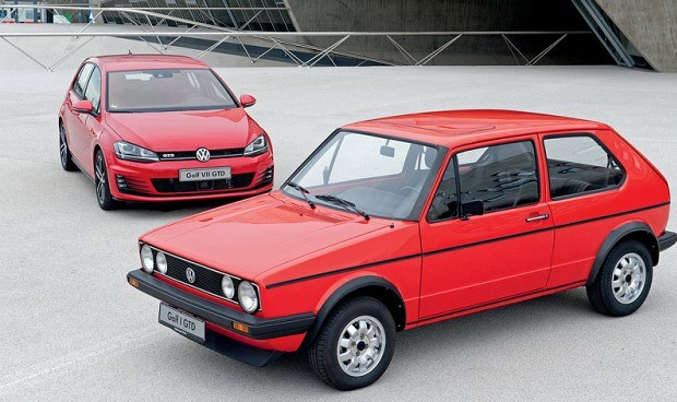 Volkswagen Golf GTD - I generacja z 1982 i VII z 2013 roku /Volkswagen