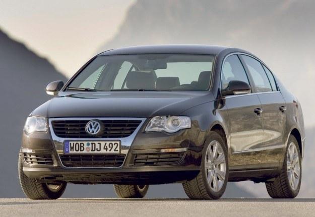 Volkswagen Passat /