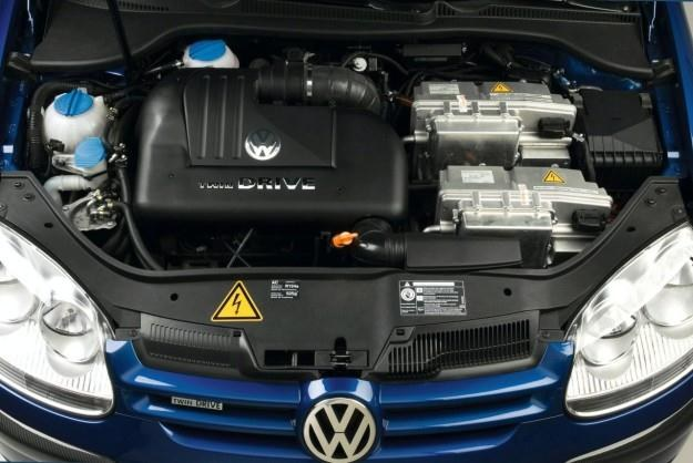 Volkswagen zamierza produkować hybrydy /