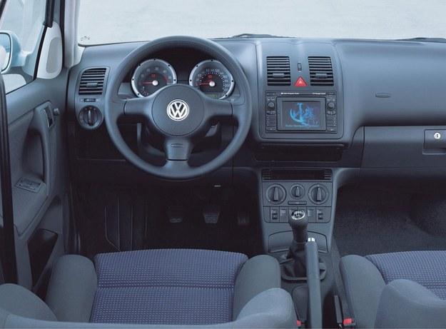 W 1999 roku Polo otrzymało nową deskę rozdzielczą. /Volkswagen