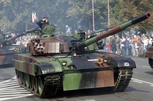 W 2008 r. i 2007 r. zorganizowano okazałe defilady z udziałem ciężkiego sprzętu/fot. M. Macierzyński /Reporter
