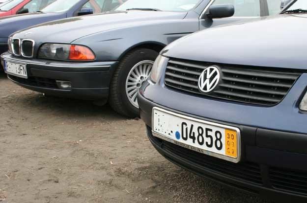 W 2010 roku sprowadzono do kraju z zagranicy prawie 723 tys. aut używanych /INTERIA.PL