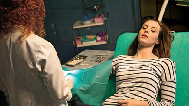 W 619. odcinku Zuza trafi do szpitala z poważną raną /Świat Seriali
