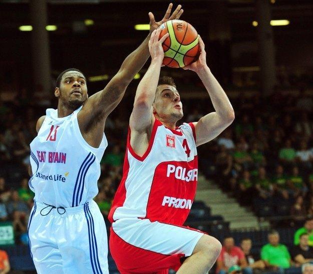 W akcji koszykarz reprezentacji Polski Dardan Berisha /PAP/EPA