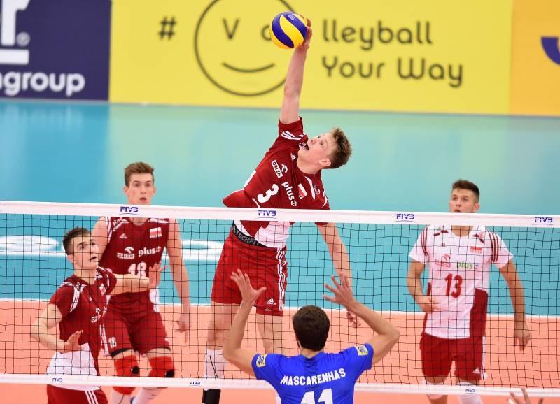 W ataku kapitan reprezentacji Polski Jakub Kochanowski; źródło: u21.men.2017.volleyball.fivb.com /