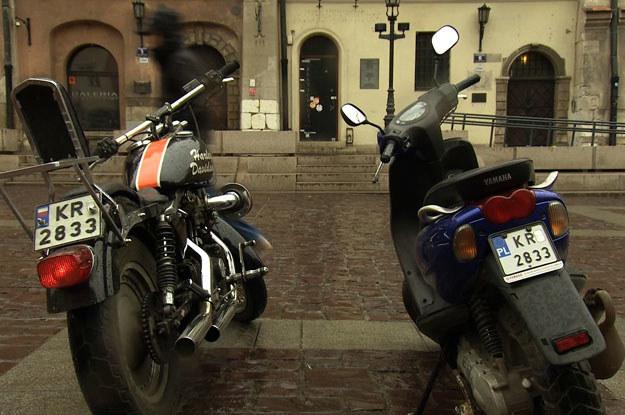 W bazie pojazdów pod numerem rejestracyjnym Harleya figuruje zupełnie inny pojazd - skuter marki Yamaha /