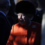 W. Brytania: Elżbieta II podzieli się obowiązkami z księciem Karolem