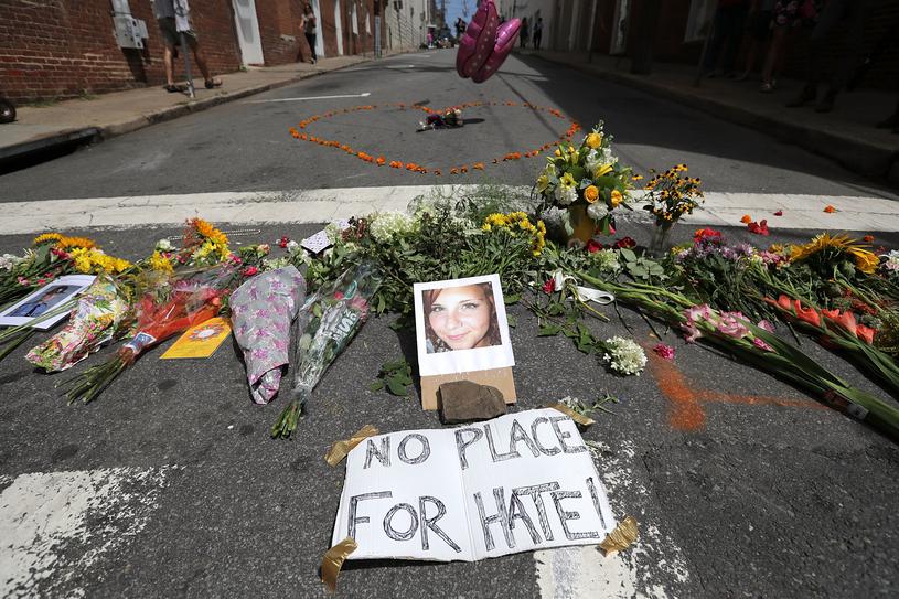 W Charolttersville 20-letni James Alex Fields wjechał samochodem w tłum zabijając 32-letnią Heather Heyer /Chip Somodevilla /AFP
