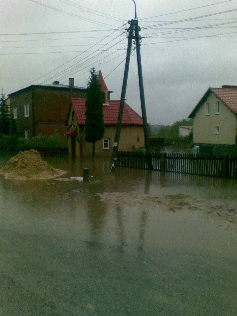 W Chełmie Małym doszło do zalania wielu domostw, fot. Szymon  /Gorąca Linia RMF FM