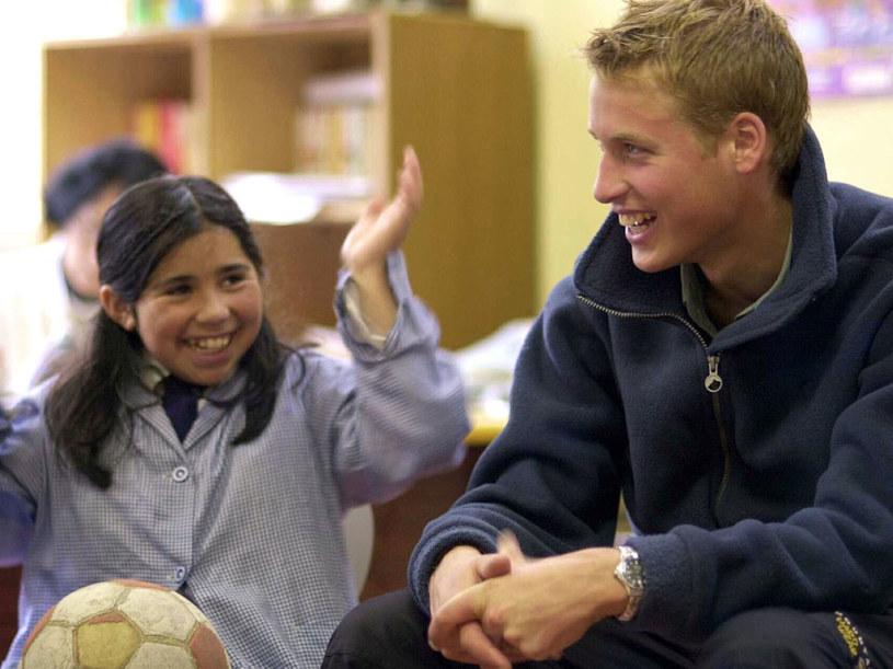 W Chile książę William uczył dzieci angielskiego  /Getty Images/Flash Press Media