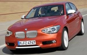 W ciągu 10 lat BMW sprzedało prawie 2 mln egzemplarzy obu generacji serii 1. Na zdjęciu obecny model przed liftingiem. /BMW