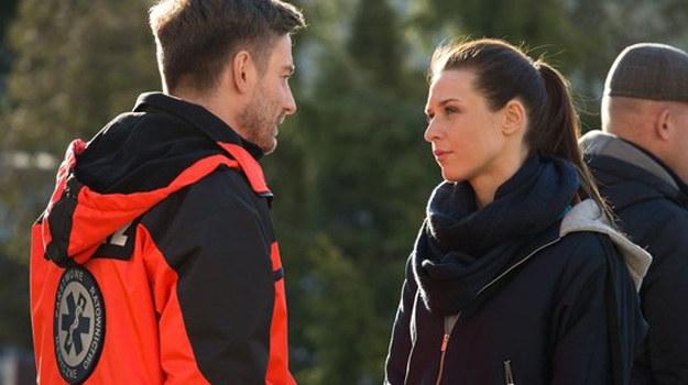 W ciągu dnia Przemek spróbuje przekonać Zuzę, by odwołała ślub. /www.nadobre.tvp.pl/