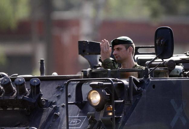W ćwiczeniach uczestniczy około 200 żołnierzy dywizji powietrznodesantowej z Pskowa /PAP/EPA