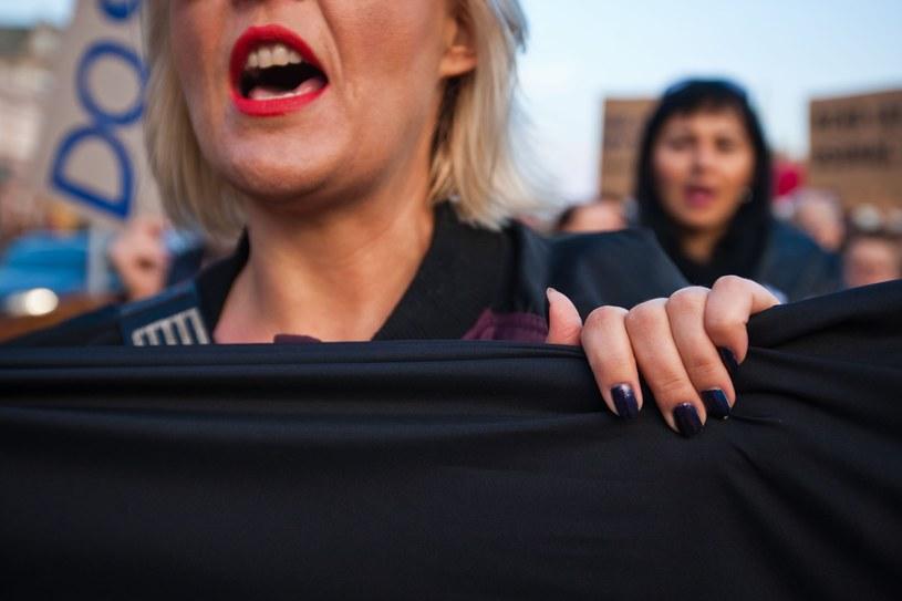 W Czarny Protest zaangażowały się dziesiątki tysięcy kobiet w całym kraju /REPORTER /East News