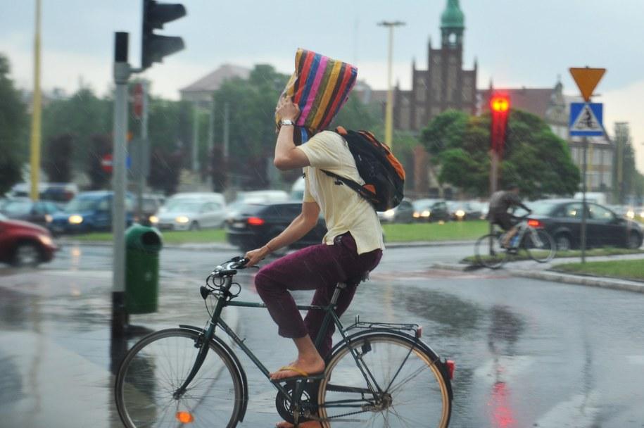 W długi weekend będzie padać / Marcin Bielecki    /PAP