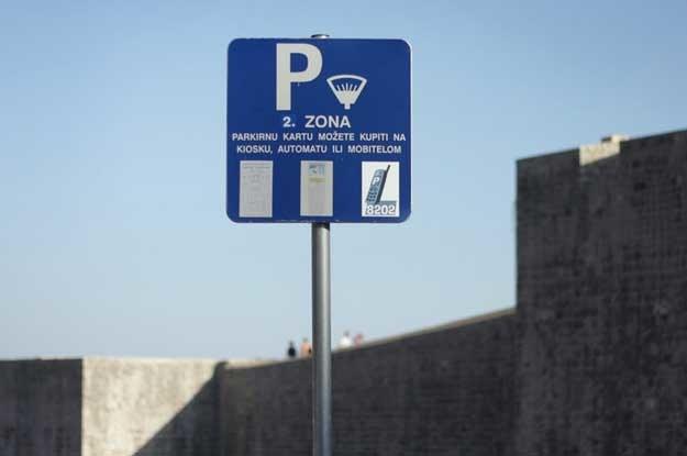 W Dubrowniku są problemy z parkowaniem. Fot. Jacek Wajszczak /Reporter