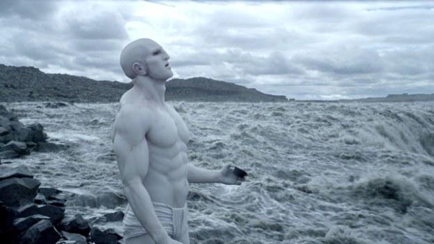 """W filmie """"Prometeusz"""" to istoty zwane Inżynierami zaszczepiały życie na planetach /materiały prasowe"""
