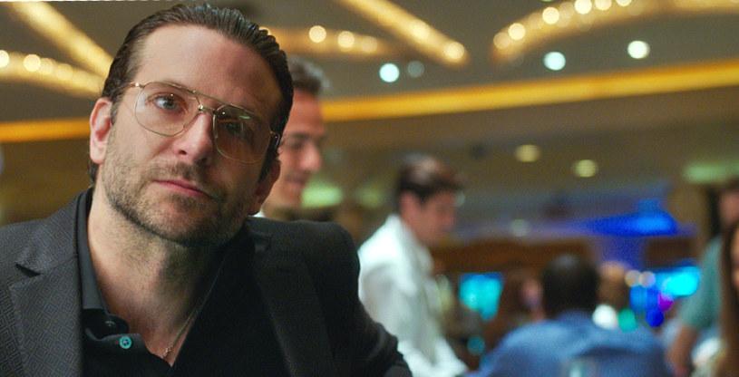 W filmie Todda Phillipsa w jednej z głównych ról występuje również Bradley Cooper /materiały dystrybutora