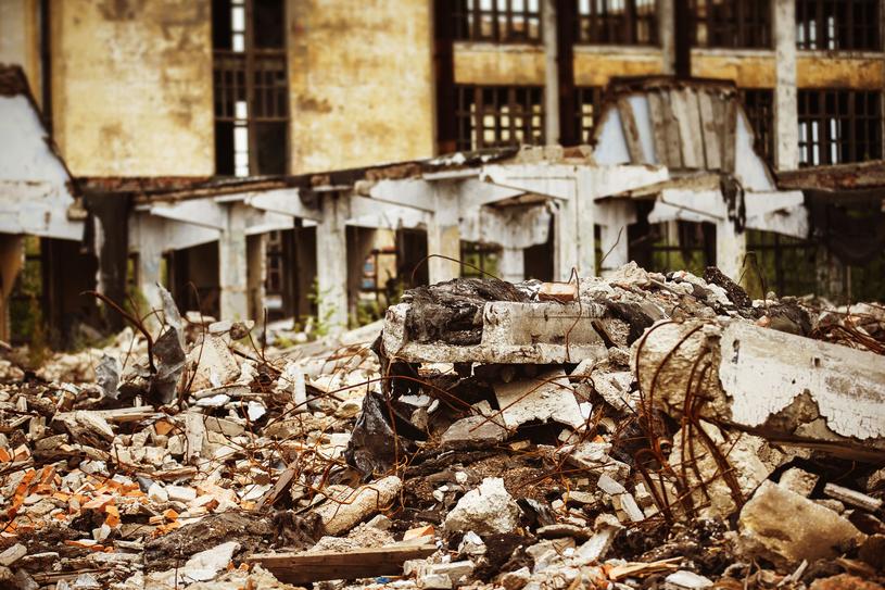 WGhucie zginęło niemal półtora tysiąca cywilów, wtym prawie 300 dzieci /123RF/PICSEL