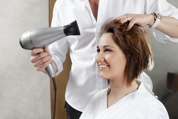 W Grecji zawód fryzjera nie jest już regulowany /© Panthermedia