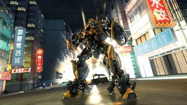 W grze mamy możliwość wyboru swojej postaci z szerokiej gamy dostępnych Transformerów /INTERIA.PL